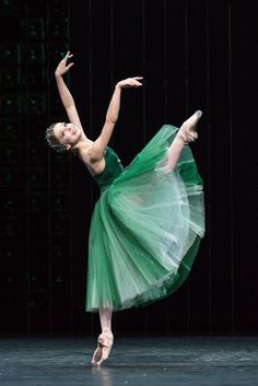 Evgenia Obraztsova in Emeralds from Balanchine's Jewels during the Bolshoi's London Season at Royal Opera House (July – August 2013). Photo by Foteini Christofilopoulou