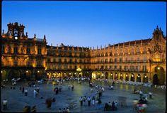 tomar vinos en la plaza mayor de Salamanca!