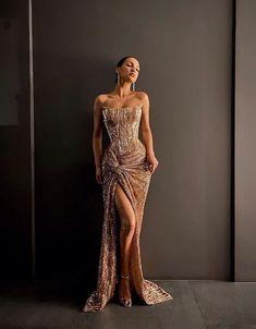 February 06 2020 at fashion-inspo Cute Prom Dresses, Glam Dresses, Prom Outfits, Event Dresses, Pretty Dresses, Fashion Dresses, 80s Fashion, Fashion Images, Fashion Clothes