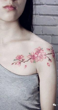 94 cherry blossom tattoo designs that will reveal your elegant and Mini Tattoos, Red Heart Tattoos, Circle Tattoos, Hot Tattoos, Unique Tattoos, Small Tattoos, Tattoos For Guys, Tattoos For Women, Tatoos