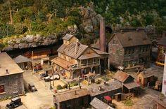 Avram's Bakery by Fine Scale Miniatures