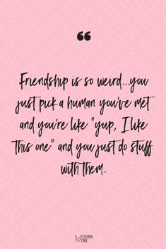 Short Funny Friendship Quotes and Sayings Are you and your friends the funniest girls around? If so, then you will love these funny friendship quotes that will have you and your BFFS laughing nonstop! Quotes Distance Friendship, Short Funny Friendship Quotes, Women Friendship, Quote Friendship, Frienship Quotes, Thoughts On Friendship, Short Sayings, Quotes Loyalty, Bff Quotes