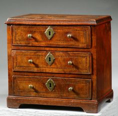 18th CENTURY MINIATURE WALNUT CHEST OF DRAWERS Richard Gardner Antiques