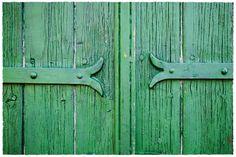 Gassin, des volets verts, fermés …