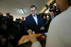 Mariano Rajoy Anima A Votar En Una Jornada Electoral Marcada Por La Expectación