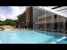 Located just a few minutes away from shopping centers, attractions, local sights, and transportation options in Maitland, Florida, the Sheraton Orlando North Hotel is among the favored hotels in the area.