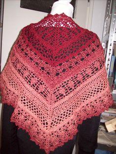 gemaakt naar een patroon van : http://www.ravelry.com/patterns/library/edlothia