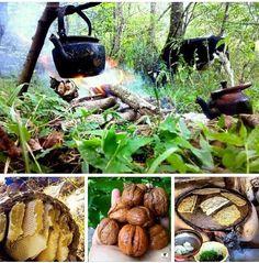 Good morning ☕️ Kurdish Food, The Kurds, Kurdistan, Iranian, Boss Lady, Barbecue, Bliss, Gardens, Bread