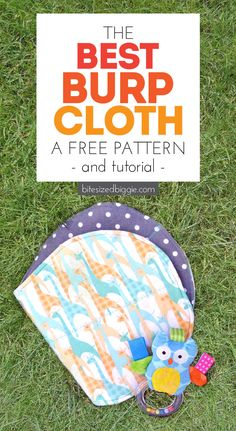 Burp Cloth Pattern - with Tutorial! - Bite Sized Biggie Free burp cloth pattern and tutorial - super absorbant and you can use fat quarters!Free burp cloth pattern and tutorial - super absorbant and you can use fat quarters! Burp Cloth Patterns, Baby Clothes Patterns, Sewing Patterns, Quilting Patterns, Clothing Patterns, Dress Patterns, Quilt Baby, Baby Sewing Projects, Sewing For Kids