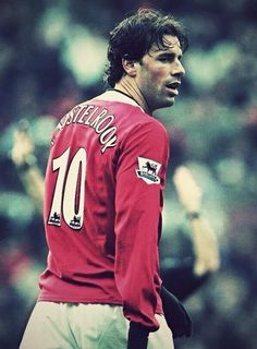 // Former Manchester United striker Ruud van Nistelrooy has been named assistant coach for the Netherlands. Football Is Life, Best Football Team, World Football, Sport Football, Manchester United Legends, Manchester United Players, Good Soccer Players, Football Players, Premier League