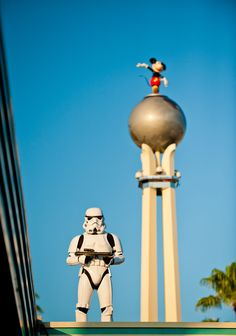 """TIP: arrive to Disney's Hollywood Studios at least 30 minutes before official opening time during Star Wars Weekends to see the fun """"Storming the Park"""" show!"""