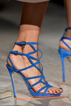 Dsquared² Spring 2015 - nice shoes but too small, looks horrible. Ugg Shoes, Shoe Boots, Shoes Heels, Footwear Shoes, Stilettos, High Heels, Pumps, Blue Heels, Fashion Mode