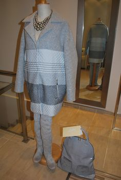 Płaszcz Passi - wełna gładka z wełną igłowaną i pikowaną. Doskonały na chłodne dni.