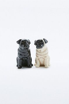 Pug Salt and Pepper Shakers, Urban Outfitters. Even though they're meant for salt and pepper I'd just have them in my room as decor because they're PUGS!!!! Stocking stuffah