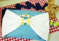 デニム×白コットン*夏にも使えるクラッチバッグ!裏地を花柄に、デニム地に模様をたくさん縫って簡単に出来上がりました! Denim x White cotton fabric. A clutch bag for Summer! Quickly finished using flower lining, stitching many petterns to Denim. #clutchbag #sewing #handmade #JAGUAR