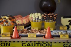 Construction themed party!  Sooooo Cute & Creative!