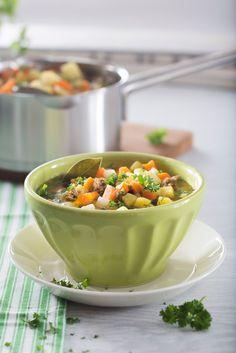 Perinteinen jauhelihakeitto   Jauheliharuoat   Pirkka #food #soups