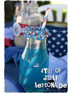 In case the holiday has totally caught you by surprise, here are 25 festive last-minute projects and recipes you can do to celebrate the Fourth Of July! Fourth Of July Food, 4th Of July Celebration, 4th Of July Party, July 4th, Holiday Treats, Holiday Parties, Holiday Fun, Holiday Foods, Family Holiday