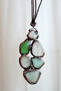 Experiment - electroforming on sea glass - Pendant – 5 cm length. Soldering Jewelry, Resin Jewelry, Jewelry Crafts, Jewelry Ideas, Jewlery, Sea Glass Jewelry, Glass Pendants, Soldered Pendants, Stone Beads