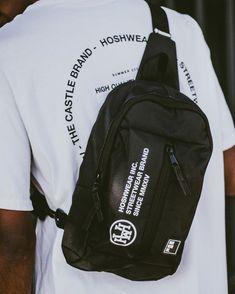 Modelo exclusivo Hoshwear Inc. www.hoshwear.com Mini Mochila estilo Shoulder Bag. Sling Backpack, Shoulder Bags, Street Wear, Backpacks, Mini, Style, Fashion, Backpack, Swag