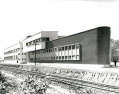 """Súper Servicio Lomas, Molino del Rey, México D.F., 1948-52 - Vladimir Kaspé [remodelado por Matthai IIDA 1992-2004; demolido y """"reconstruido"""" por Danhos + Teodoro González de León]"""