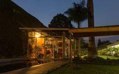 Gym Cabin, Gym, House Styles, Home Decor, Homemade Home Decor, Work Out, Interior Design, Cottage, Home Interiors