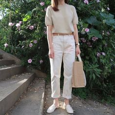 Inspirational Ideas For Dress Casual Vintage Beautiful Korean Casual Outfits, Casual Chic Outfits, Fashion Outfits, Dress Casual, Minimalist Fashion Women, Minimal Fashion, Effortlessly Chic Outfits, Look Office, Korean Fashion Trends
