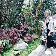 Khả Ngân, Quỳnh Anh Shyn vi vu nước ngoài ngày đầu năm
