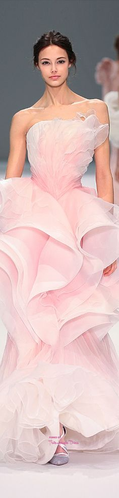 Ralph & Russo Spring 2015 Couture Collection