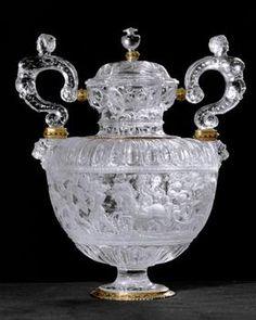 Giovanni Ambrogio Miseroni. Milan finales del siglo 16. Cristal de roca, oro y esmalte