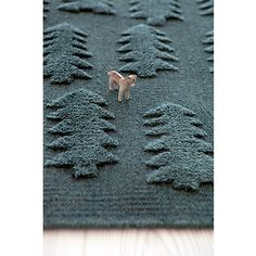 FOREST rug design by Finnish designer Teresa Moorhouse. Ethically made by hand by Mum's artisans in India. Happy Nation, Basket Lighting, Horse Rugs, Bear Rug, 3d Tree, Forest Design, Textiles, Bear Design, Nordic Design