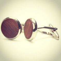 TWO-O cufflinks Walnut wood