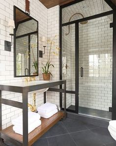 Vintage bathroom  --- via @homeadore_decor --- #bathroom #vintage #industrial #shower #interior #interiors #interiordesign #design #architecture
