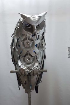 Animal sculptures made by old hubcaps. Artist: Ptolemy Elringto