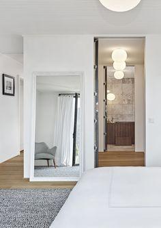White Penthouse by Ofist | http://www.designrulz.com/design/2016/02/white-penthouse-by-ofist/