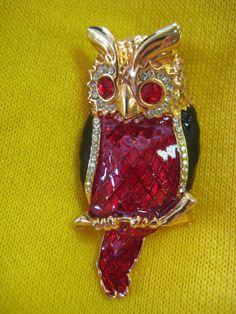 Chi Omega - vintage owl brooch