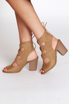 Street Style Lace Up Heel Natural
