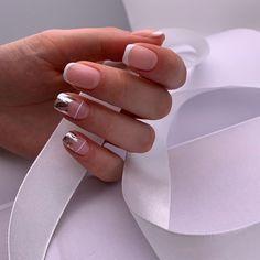 Pin by Cecilia Arguijo on uñas in 2020 Elegant Nails, Stylish Nails, Cute Nails, Pretty Nails, May Nails, Minimalist Nails, Square Nails, Perfect Nails, French Nails