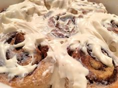 PROTEIN CINNAMON ROLLS -- 197kcal: 4F/25C/14/5P -- Now you can have buns of steel and buns of cinnamon at the SAME time!