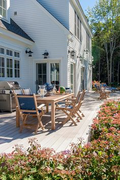 Maine Beach House with Classic Coastal Interiors - Home Bunch Interior Design Ideas Backyard Playhouse, Ponds Backyard, Backyard Games, Backyard Patio, Outdoor Play Areas, Outdoor Spaces, Porches, Decks, Outdoor Shower Fixtures