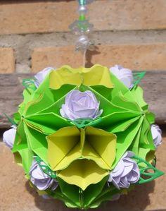 La Città di Carta: Sfera di fiori - Blütenkugel