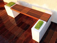 Tips for your new raised garden beds. 15 inspirational ideas for raised garden beds you can build yourself at home. Reap the benefits of a raised garden bed with these easy-to-build examples that you have to try! Modern Planters, Outdoor Planters, Diy Planters, Outdoor Gardens, Planter Ideas, Modern Patio, Modern Bench, Concrete Garden Bench, Wooden Garden Benches