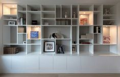 Wall Storage Unit Office Bookshelves 63 New Ideas Dining Room Storage, Wall Storage, Tv Regal, Bedroom Built Ins, Built In Bookcase, Office Bookshelves, Living Room Wall Units, Small Space Interior Design, Bedroom Wall
