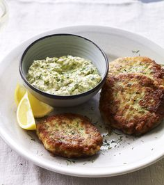 Nordic Diet: Cod fish cakes with dill and capers are a Danish t. Cod Fish Cakes, Cod Cakes, Danish Cuisine, Danish Food, Nordic Diet, Nordic Recipe, Scandinavian Food, Cooking Recipes, Healthy Recipes