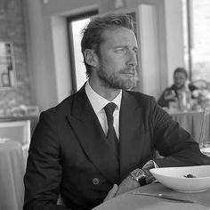Claudio Marchisio, Classy Style, My Style, Fictional Characters, Instagram, Bespoke, Black White, Twitter, Taylormade