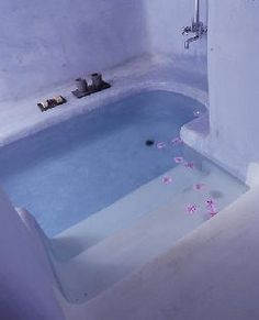 Leena may bathtub tease with you