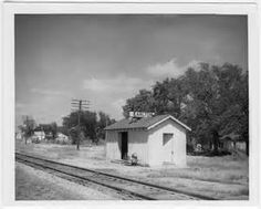 Earlton, Kansas - Population 55 (2014) - Earlton is a city in Neosho County, Kansas, United States. As of the 2010 census, the city population was 55.[6]