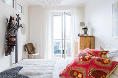 Södra Vägen 81 Beach House Bedroom, Home Bedroom, Bedrooms, Houses, House Design, Dining, Inspiration, Furniture, Home Decor