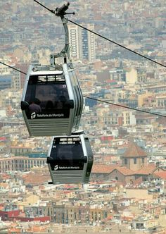 Cable Cars en Montjuic. Barcelona. España.