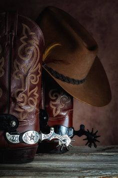 Cowboy Gear, Cowboy Horse, Cowboy And Cowgirl, Cowboy Boots, Cowboy Pics, Men's Boots, Vintage Western Decor, Westerns, Foto Cowgirl